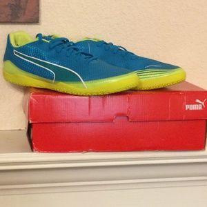 f8771f6701d Men s Indoor Soccer Shoes Puma on Poshmark